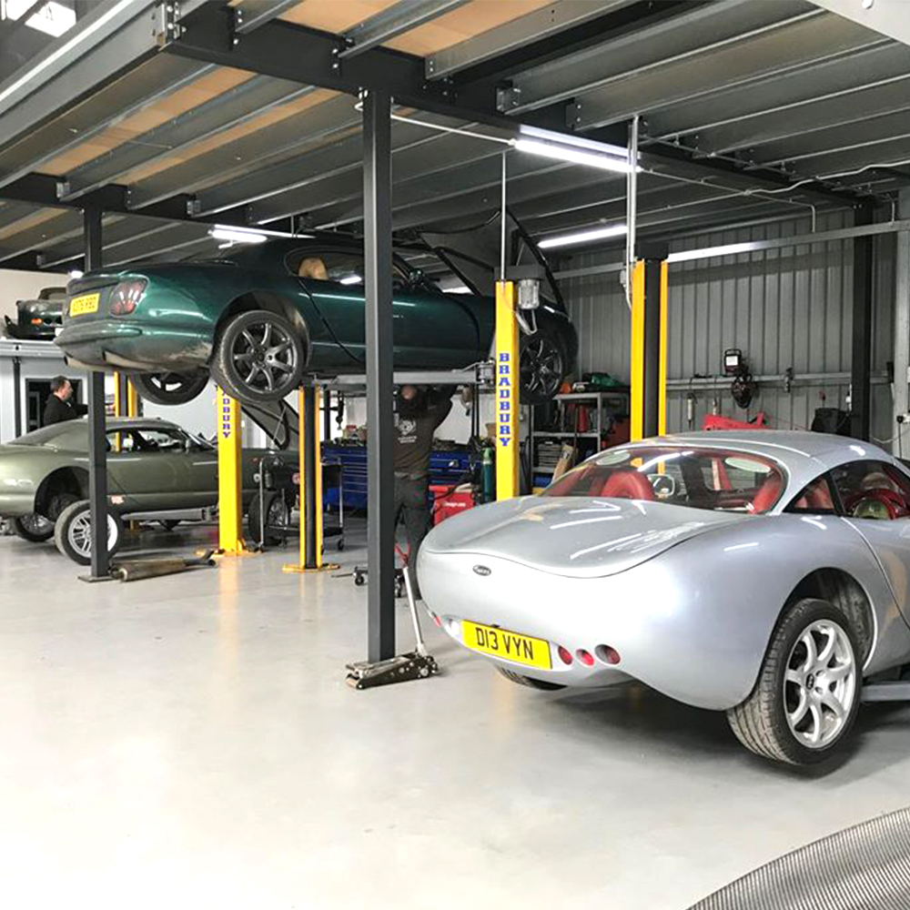 tvr's on ramp in the topcats racing workshop