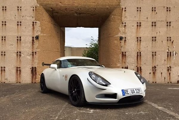 TVR T350 with Topcats LS7 Conversion (2003)