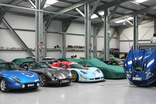 topcats racing workshop housing variety of performance and race vehicles