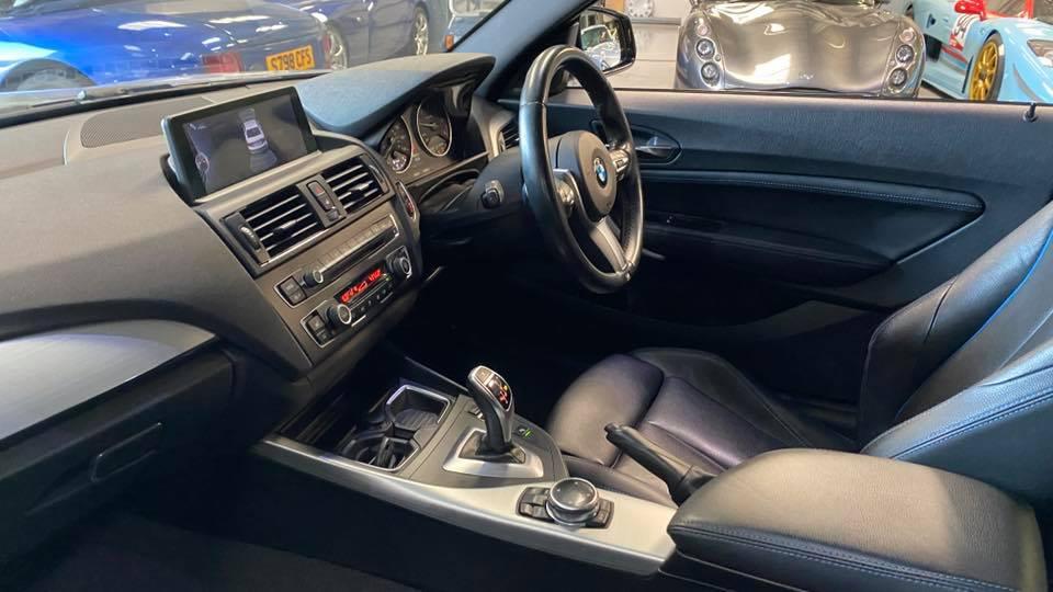 close up of BMW M225d M Sport (2014) interior