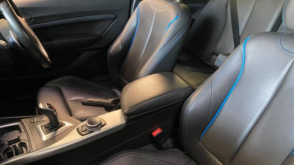 BMW M225d M Sport (2014) interior with blue trim